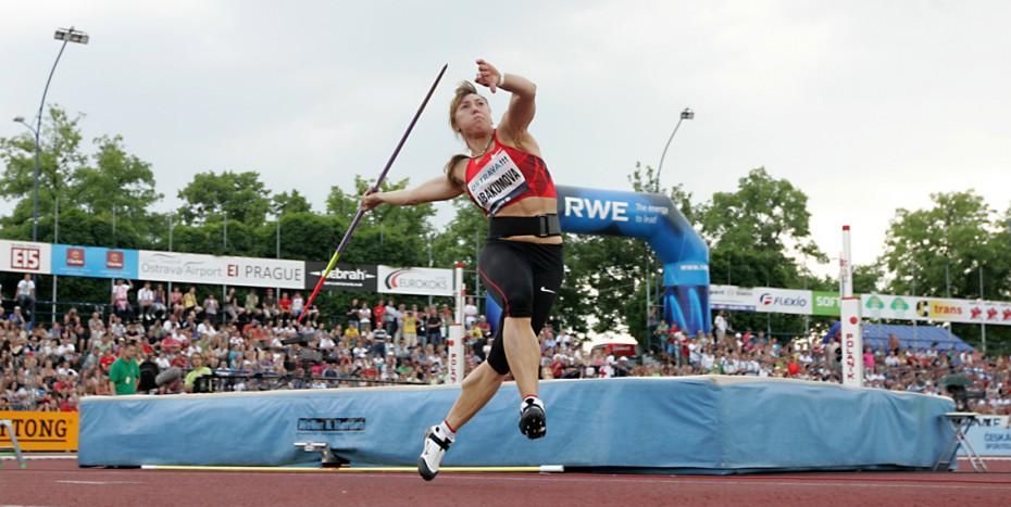 Ostrava, 31.5.2011, sport, atletika, Zlatá Tretra, oštěp, ženy  Foto: MFDNES - Adolf Horsinka  Na snímku: Mariya Abakumova
